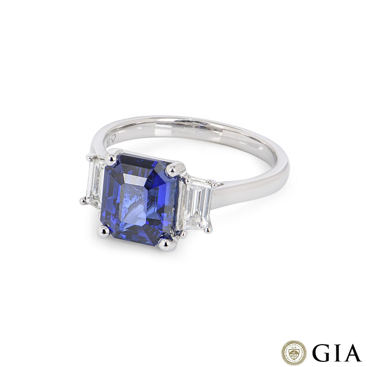 White Gold Royal Blue Sapphire & Diamond Ring 3.04ct